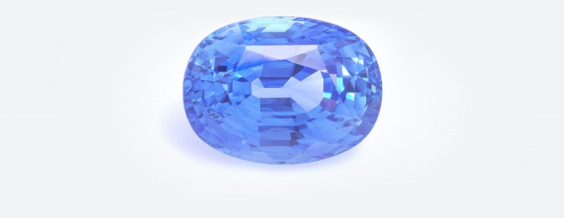 The Julian Bartrom Gemstone, fine gemstones in Auckland. 8.7ct oval Ceylonese sapphire.