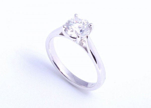 1ct brilliant cut solitaire diamond ring, four claw setting in platinum