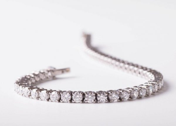 A 5ct diamond tennis bracelet 18ct white gold by diamond expert Julian Bartrom from Julian Bartrom Jewellery.