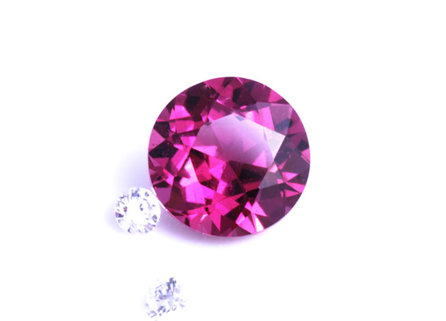 Colour diamonds and designer gemstones have just landed from the States. Gemstones for custom jewellery design with Auckland engagement ring designer.