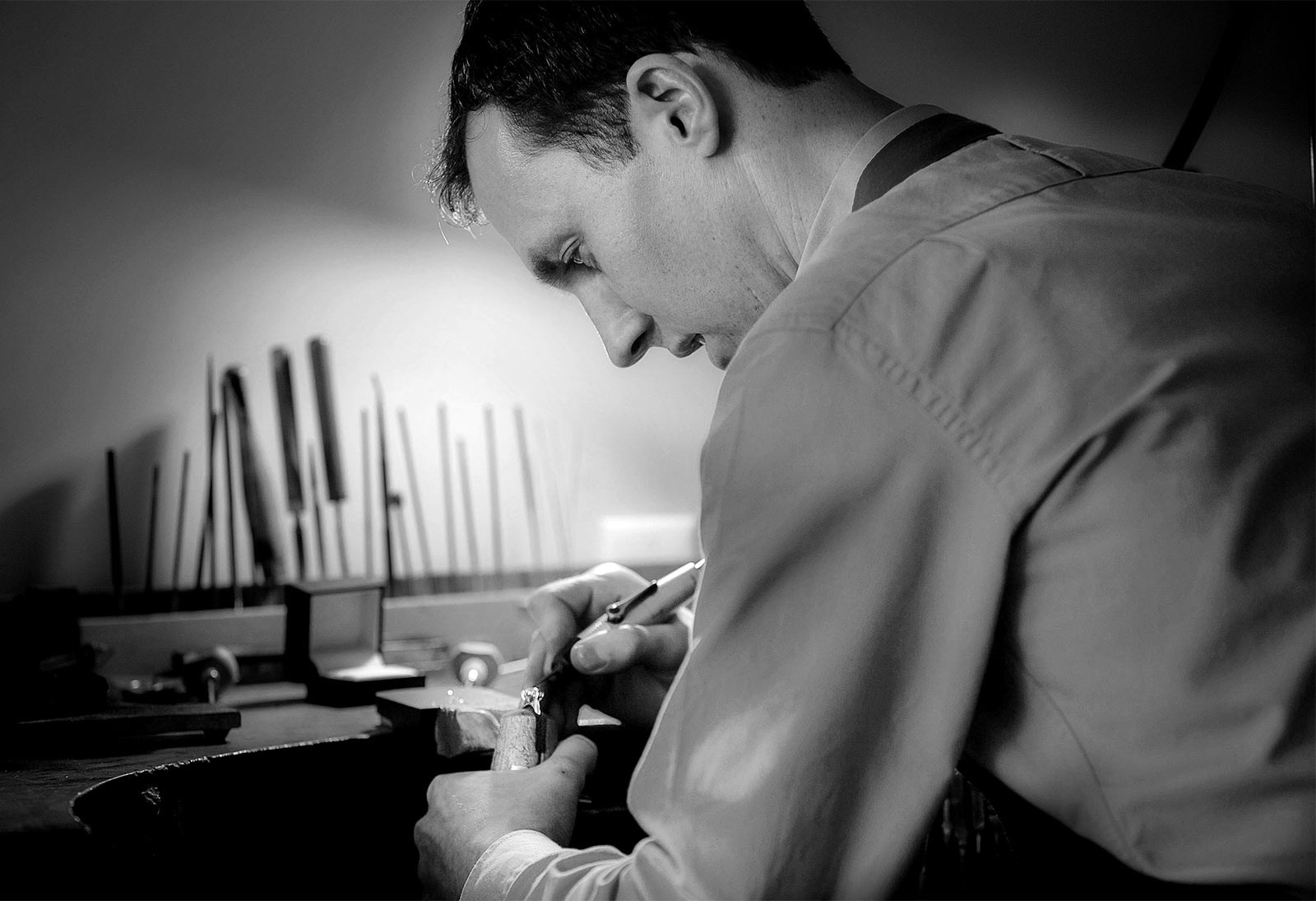 5. Crafting the ring. High quality hand made jewellery in Julian Bartrom's Auckland jewellery working